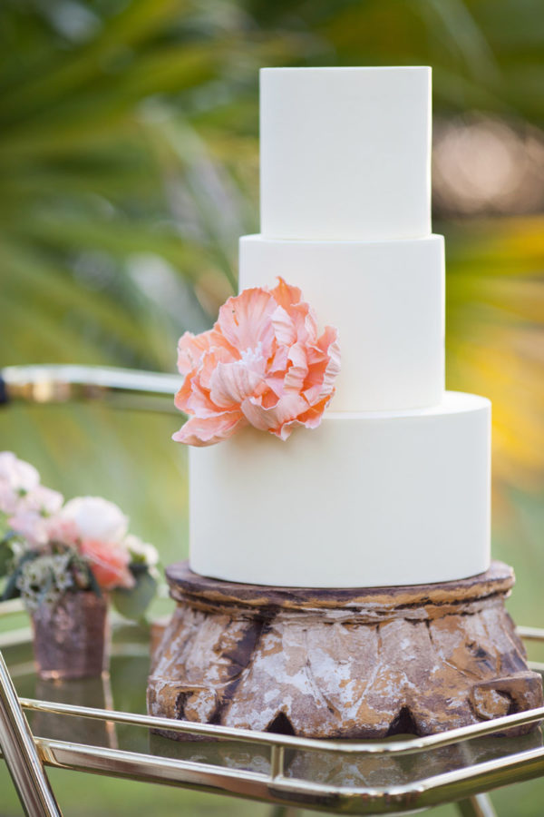 Contemporary Wedding Cake | 59&Bluebell Weddings and Events